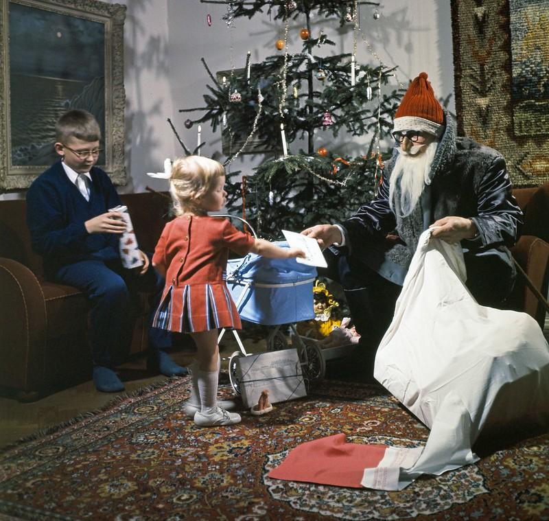papa noel en finlandia navidad