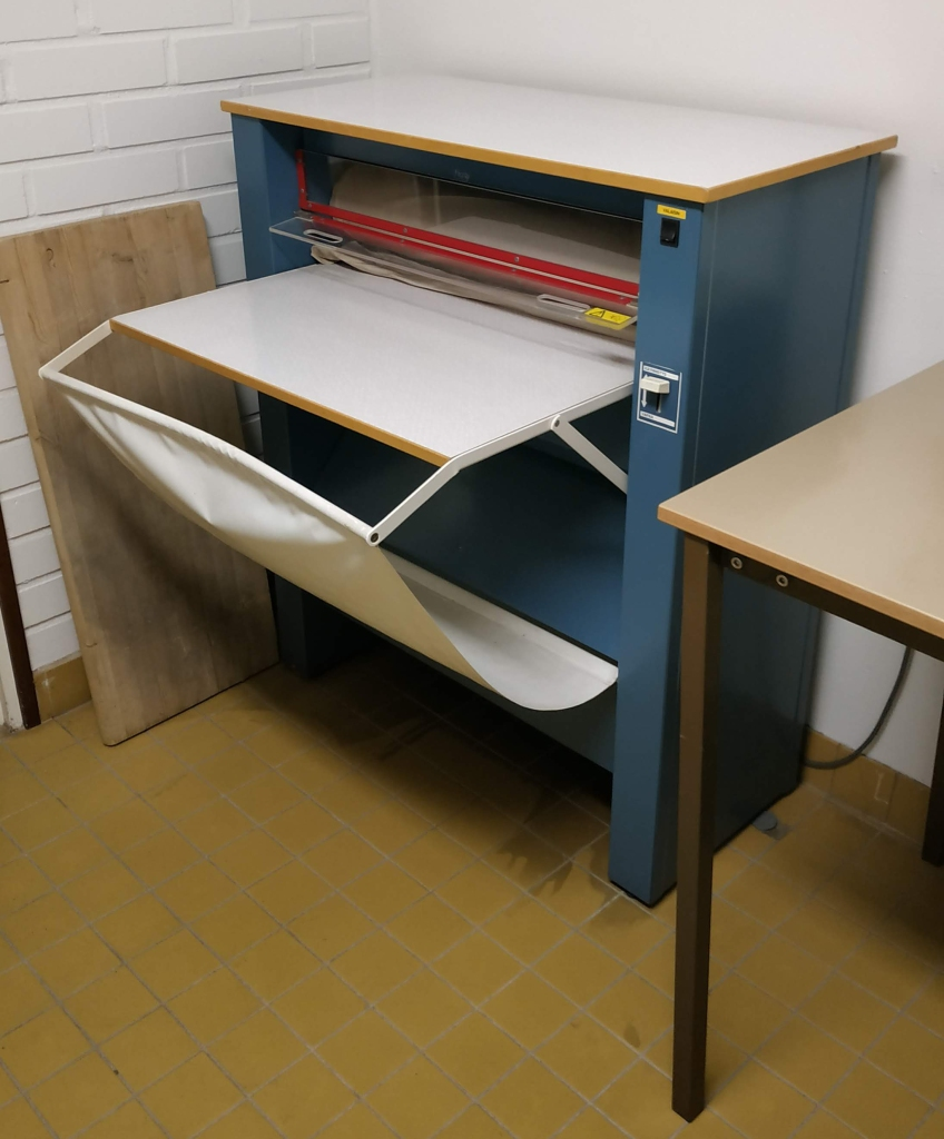 Máquina de planchar finlandesa